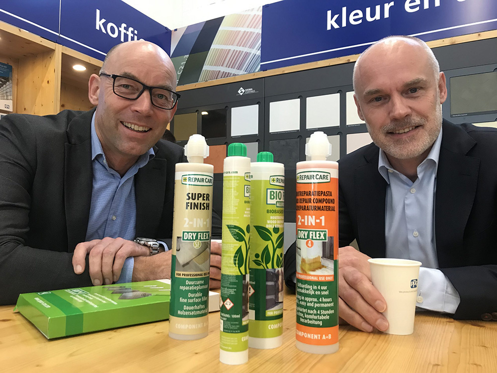 Paul Verheul (L) van Sigma Coatings en Aldo Luinge van Repair Care